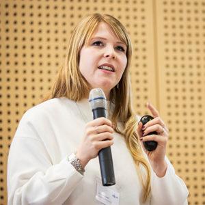 Dr. Eveline Hipeli auf der Fachtagung des Forums Medienpädagogik